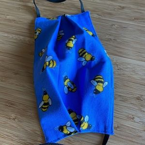 Face mask - Bees on blue